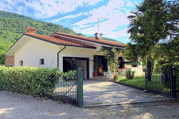 Villa i Travesio
