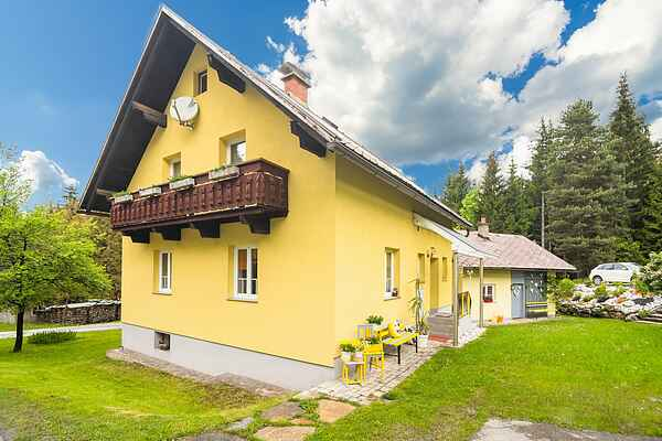 Holiday home in Tröpolach