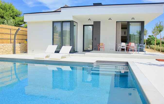 Villa mh69646