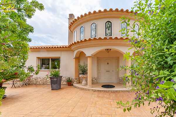 Villa i Olivella