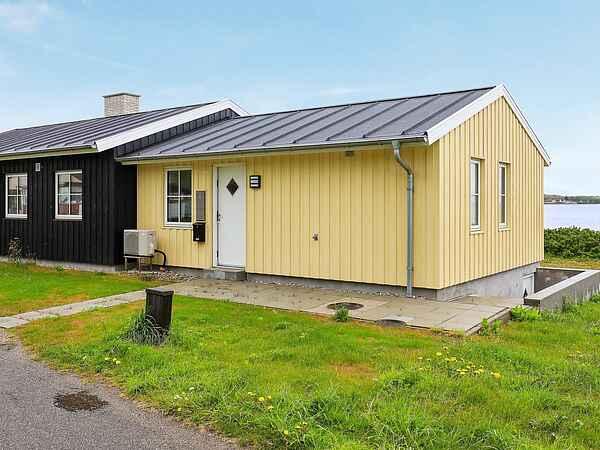 Sommerhus ved Hvalpsund Strand