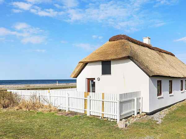 Holiday home in Lyngs Strand