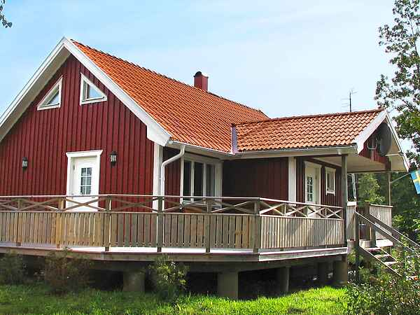 Holiday home in Herrljunga Ö
