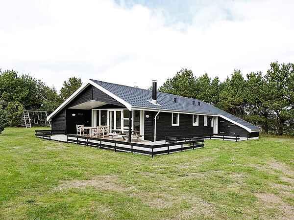 Sommerhus i Mou