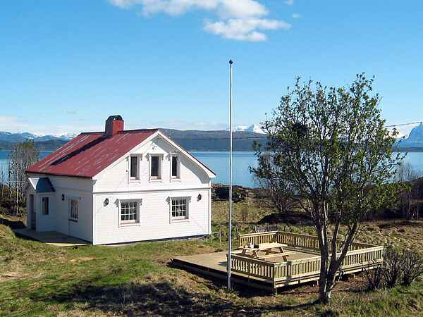 Holiday home on Senja Municipality