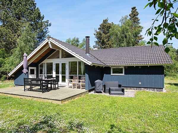 Sommerhus ved Ebbeløkke Strand