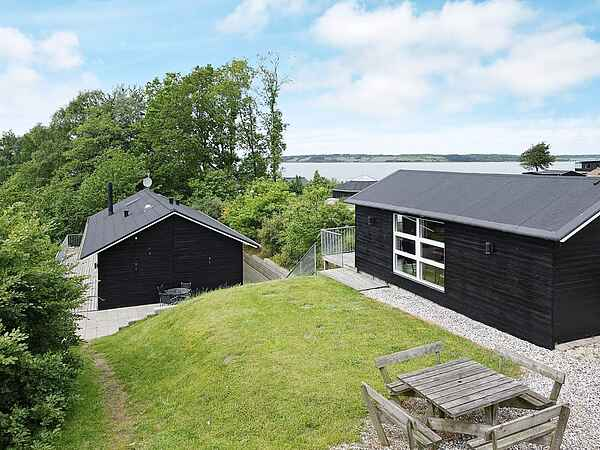 Holiday home in Hjarbæk