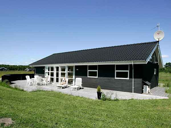 Holiday home in Øster Hurup