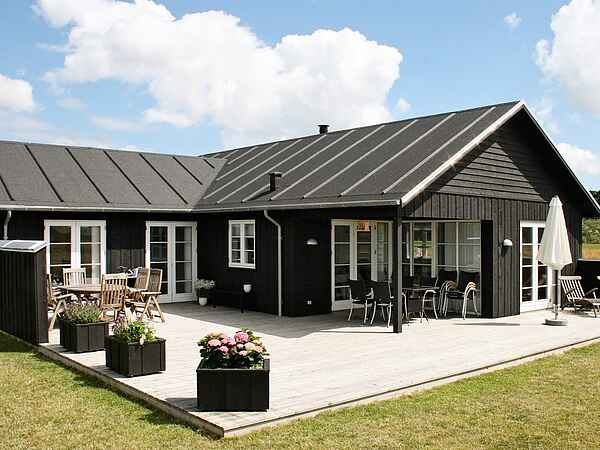 Sommerhus ved Nysted Strand