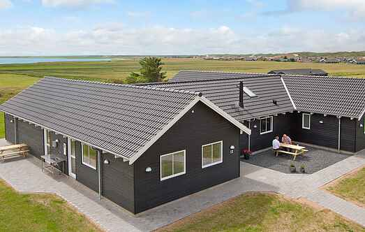 Holiday home mh12569