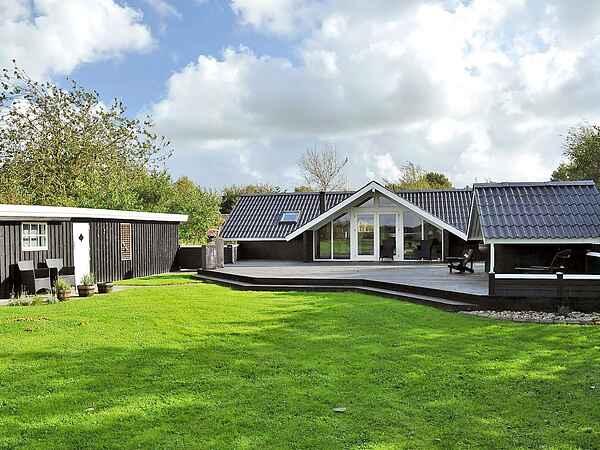 Casa de vacaciones en Kvie Sø