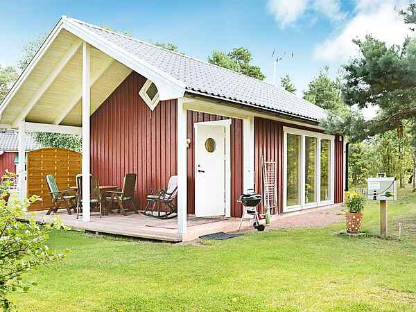 Holiday home in Mönsterås S