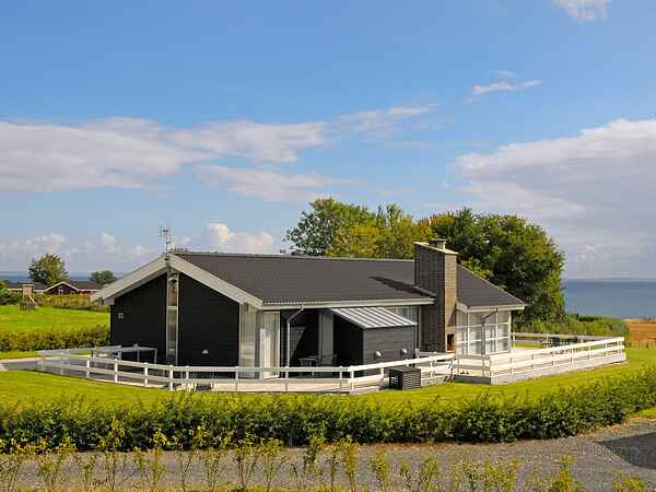 Holiday home in Mommark Strand
