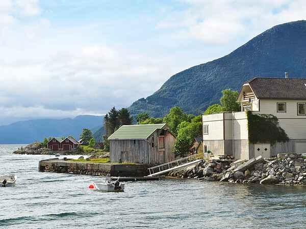 Sommerhus i Eid kommune