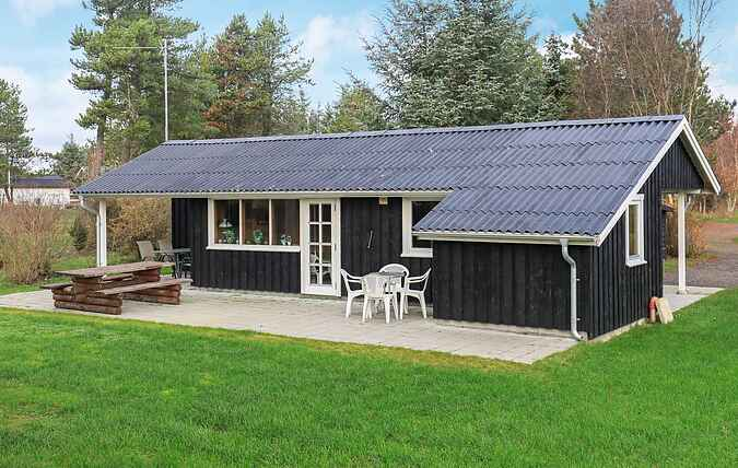 Holiday home mh65750