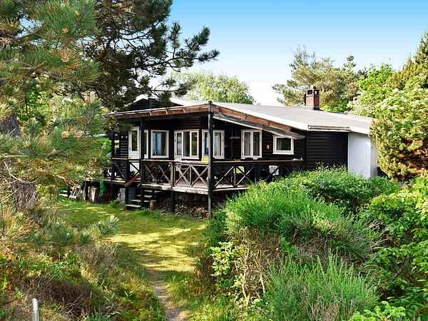 Sommerhus ved Tinkerup Strand