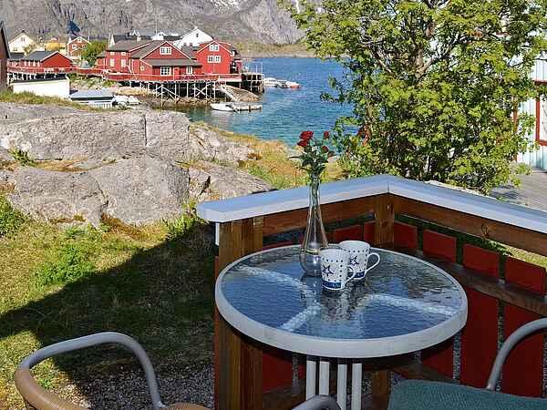 Holiday home in Henningsvær