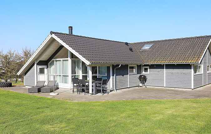 Holiday home mh64010