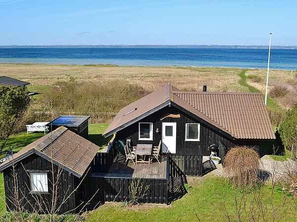 Sommerhus ved Stoense Strand