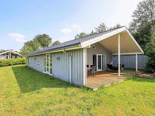 Holiday home in Hjarbæk