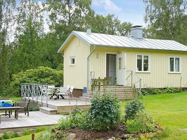 Holiday home in Lindebergshult-Räveskalla