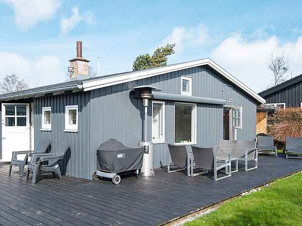 Holiday home in Høll Strand