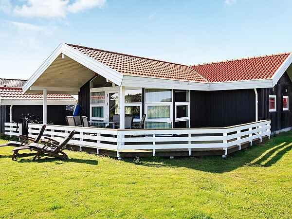 Sommerhus ved Lavensby Strand
