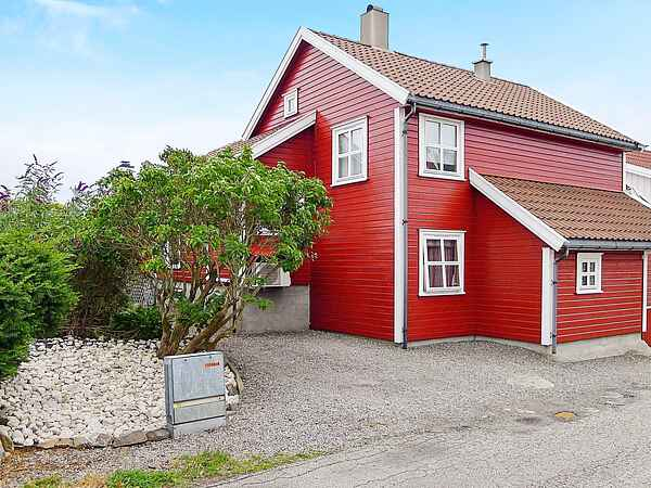 Holiday home in Randesund