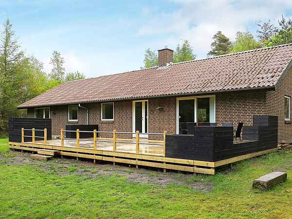 Holiday home in Lynderup