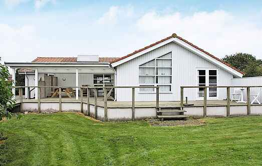 Holiday home mh16785