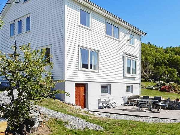 Sommerhus i Hjelmeland