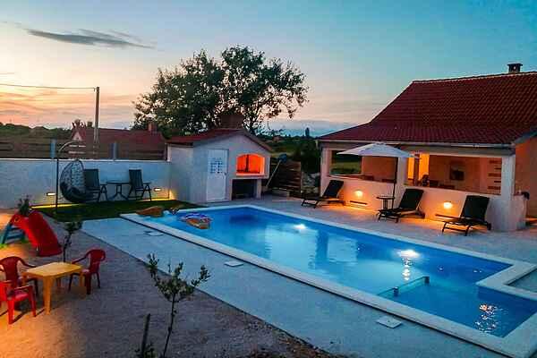 Villa in Zemunik Donji