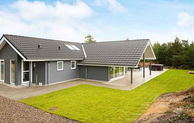 Holiday home mh68840