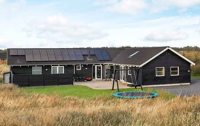 Holiday home mh12512