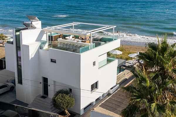 Vidunderlig penthouse Los Monteros strand