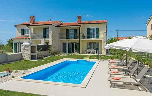 Villa mh70891