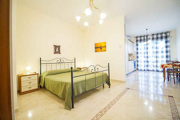 Studio Apartment PP2 - ETNA ROYAL VIEW