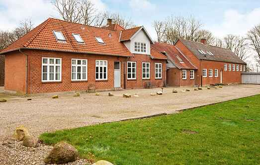 Holiday home mh16726
