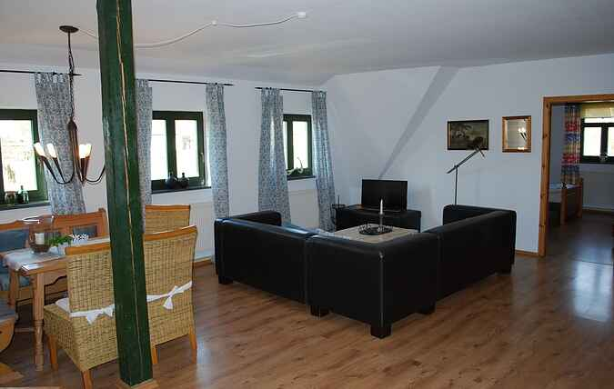 Manor house mh66083