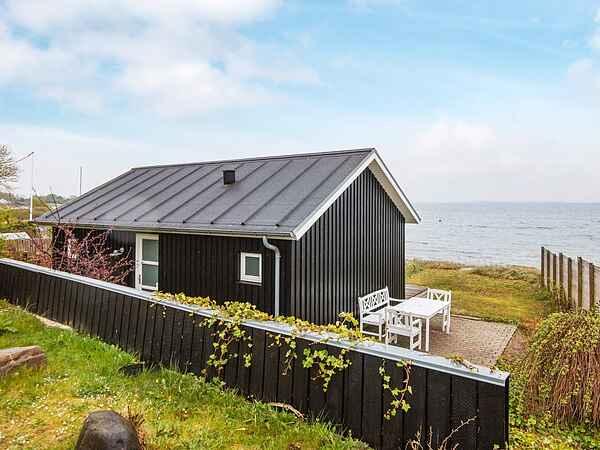 Casa de vacaciones en Bjert Strand