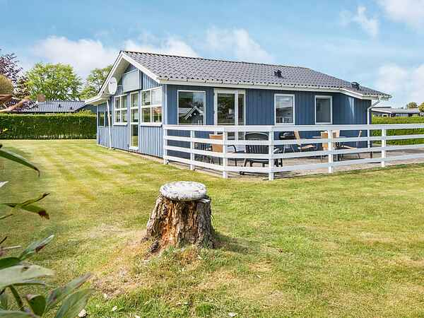 Holiday home in Hejlsminde Strand