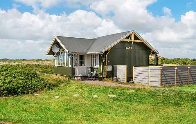 Holiday home mh37410