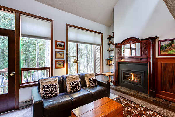 Mt. Baker Lodging Condo #57 - Sleeps 6!