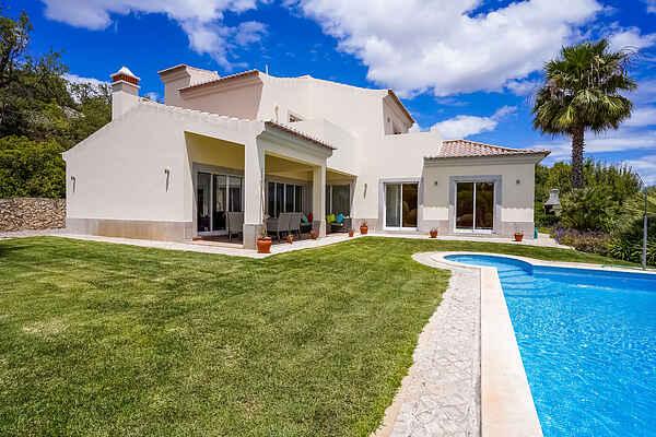 Villa en Monte Agudo