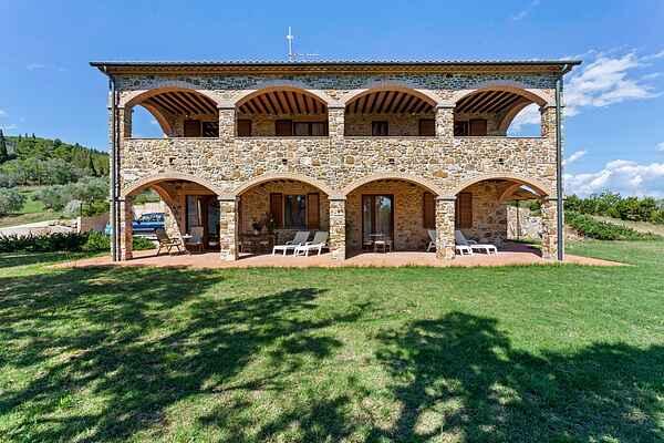 Farm house in Suvereto