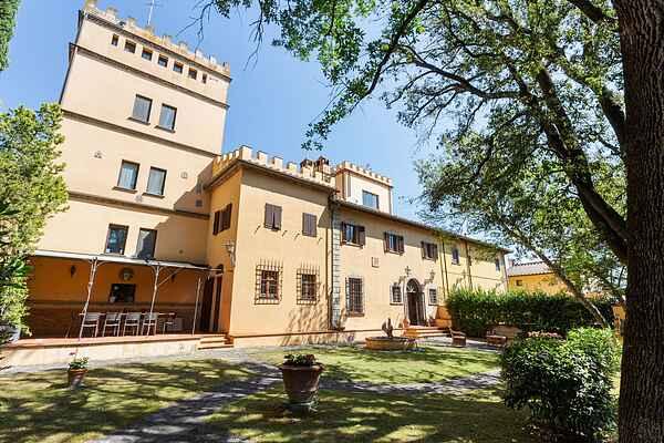 Villa in Piazzano