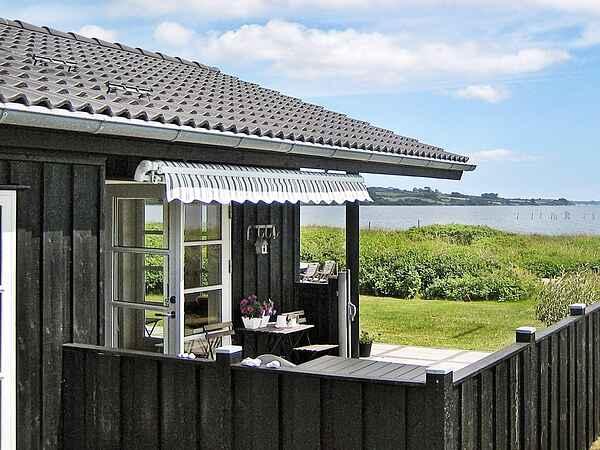 Sommerhus ved Vemmingbund Strand