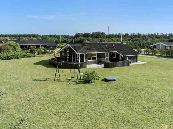 Lækkert og rummeligt sommerhus i Grønhøj