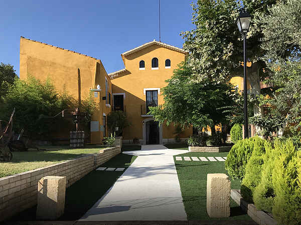 Villa for 24 guests near Sitges