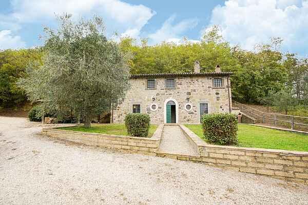 Villa in Castiglione in Teverina